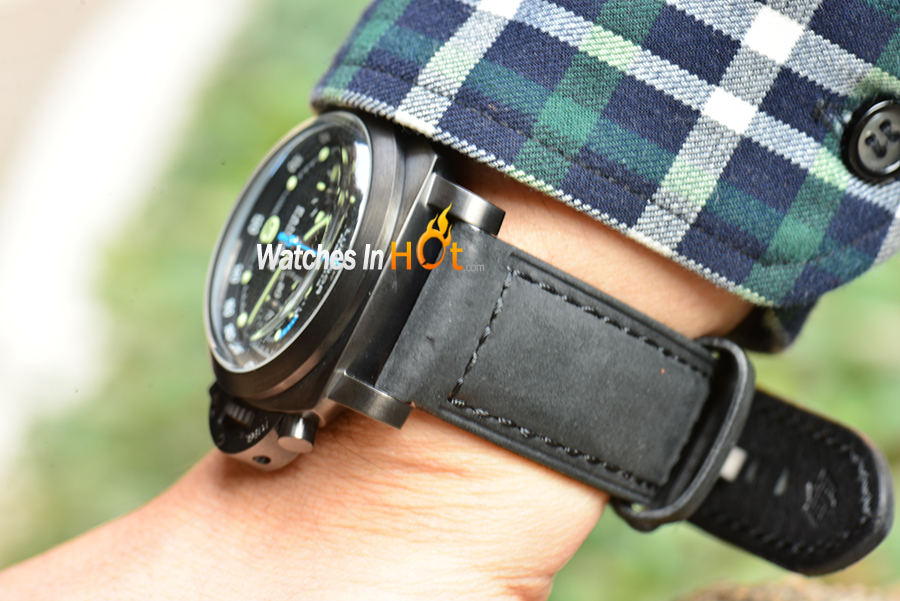 PAM 332 Wrist Shot