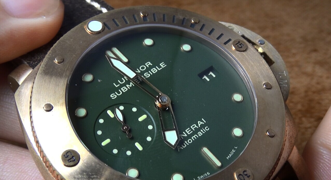 Panerai Luminor Submersible PAM 382